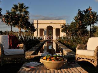 Villa Il Borgo Siciliano - Windows On Italy - Augusta vacation rentals
