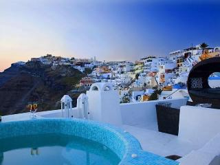 Blue Angel-Caldera view villa in Fira Santorini - Santorini vacation rentals