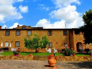 holiday farmhouse central Tuscany-lungoQ - Montaione vacation rentals