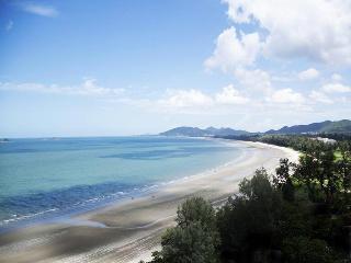 Bluewave (Sea view & mountain view  Studio 1201) - Phra Pradaeng vacation rentals