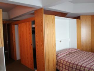 Appartamento in multiproprieta - Mezzana vacation rentals