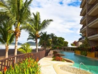 Remarkable 5 Bedroom Oceanfront Villa in Jaco - Jaco vacation rentals