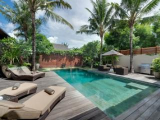Tremendous 8 Bedroom Villa in Seminyak - Bali vacation rentals