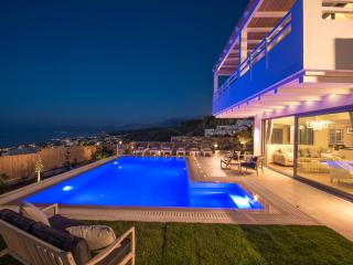 (website: hidden) Luxury Private Villa With privat Big Pool And Panoramic Seaview, - Hersonissos vacation rentals