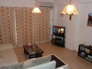 Comfortable 2 bedroom Penthouse in Tatlisu - Tatlisu vacation rentals