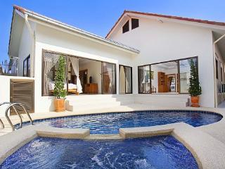 Deeji Villa - Sattahip vacation rentals