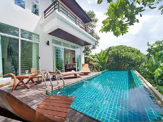 Karon Hill Villa 12 - Karon vacation rentals