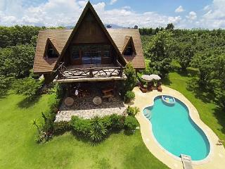 Countryside 6 bed retreat at Chiang Dao - Chiang Dao vacation rentals