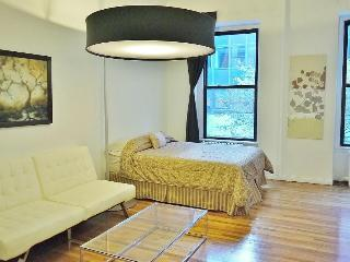Urbane Grand Central Apartment - New York City vacation rentals