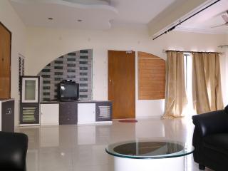 14 Square Range Hills - Pune vacation rentals