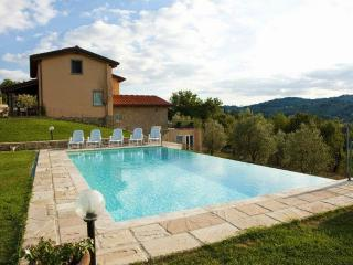 5 bedroom House with Internet Access in Monte San Savino - Monte San Savino vacation rentals