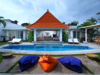 Elegant Villa Central Seminyak - Seminyak vacation rentals