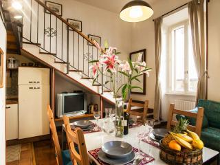 Studio 2-4 pax, WiFi, AC, shower Villa Borghese - Rome vacation rentals