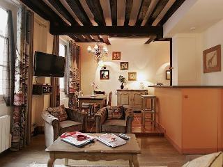 G05480 1 bedroom Quartier Latin - Paris vacation rentals