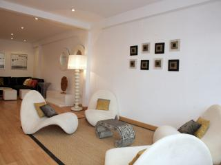 Malvabeach Family House - Valencia vacation rentals