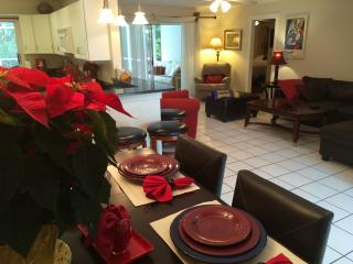 Executive 2 Bed 3 Bath Pool Home near Siesta Key - Sarasota vacation rentals