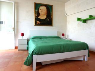 Guest House Tana del Riccio - Suite Arancio - Poggiardo vacation rentals