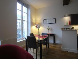G06344 - Appartement - rue du Dragon - Paris vacation rentals
