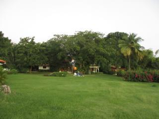 Villa situata nel comprensorio golf di Casa de Cam - La Romana vacation rentals