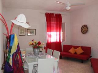 Cozy 3 bedroom Condo in Triscina - Triscina vacation rentals