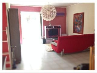 Comfortable 2 bedroom Condo in Varkiza - Varkiza vacation rentals