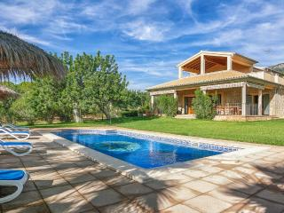 Lovely Villa with Internet Access and A/C - Selva vacation rentals