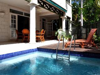 Summerland Villas 101 at Prospect, Barbados - Shared Pool & Private Plunge Pool, Perfect For Group Getaway - Prospect vacation rentals