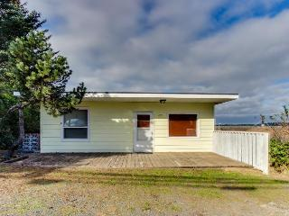 Bay Breeze - Coos Bay vacation rentals