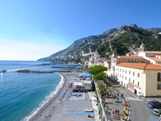 Dolce Vita A - Amalfi vacation rentals