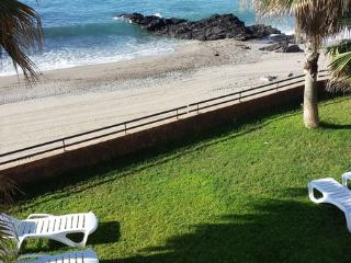 Z2 Great Flat Nearby the Beach - Benalmadena vacation rentals