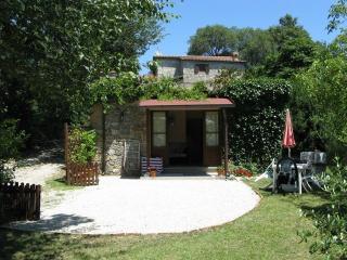 Villa Cresta Apartment - Caprese Michelangelo vacation rentals