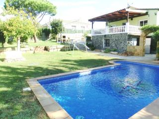 Nice Villa with Deck and Fireplace - Tordera vacation rentals