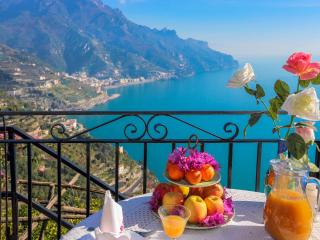 Lovely Studio with A/C and Balcony - Ravello vacation rentals