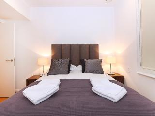 Emily Apartment (EV03) - London vacation rentals