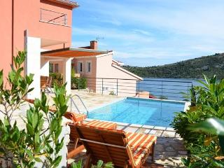Villa with pool in Vinišće, Central Dalmatia - Vinisce vacation rentals
