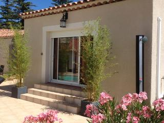 Romantic 1 bedroom Gite in Cairanne - Cairanne vacation rentals