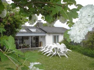 Adorable 4 bedroom Penestin House with Internet Access - Penestin vacation rentals