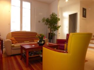 Charming house close to the heart of Paris - Colombes vacation rentals