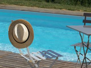 Nice Villa with Internet Access and Satellite Or Cable TV - Coueilles vacation rentals