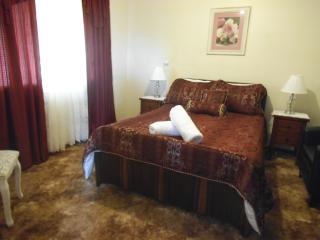 My Nanna Place - Broken Hill vacation rentals