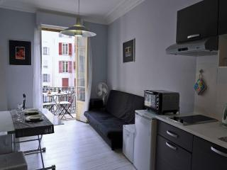 MyNICE Vacances - MISTRAL - Cote d'Azur- French Riviera vacation rentals