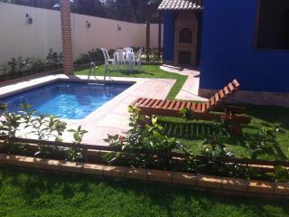 Casa Praia Morro Branco, piscina e  churrasqueira - Beberibe vacation rentals