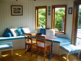 Aroha Cottage not beachfront but oh so close !! - Nelson vacation rentals