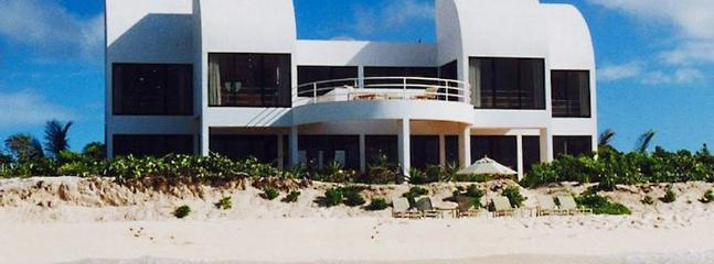 Cove Castles Grand Villa #5 SPECIAL OFFER: Anguilla Villa 69 With Nearly 6,000 Square Feet Of Dramatic Living Space, This Five-bedroom Home Accommodates Up To Ten Guests. - West End vacation rentals