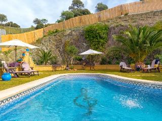 Luxury villa, pool,mini-golf, table tennis, boules - Carratraca vacation rentals