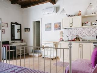 Old fisherman house in Ortigia's island, Siracusa - Syracuse vacation rentals