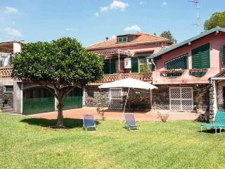 Villa in Acireale near the sea, garden, Wi-Fi - Acireale vacation rentals