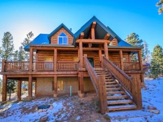 Browning Lodge - family reunion getaway - Duck Creek Village vacation rentals