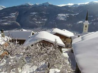 8 bedroom Gite with Internet Access in Macot-la-Plagne - Macot-la-Plagne vacation rentals
