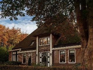 Villa at waterside + boat, poolbiljart, whirlpool - Enkhuizen vacation rentals